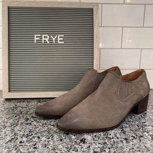 FRYE Eleanor Western Booties NEW
